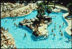 New York New York pool